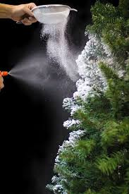 Learn How To Easily Flock Your Own Christmas Tree Using Sno This Project Allows You Create The Look Of A Beautiful Snow Covered