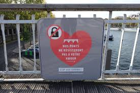 Love Without Locks Campaign Passerelle Debilly Paris