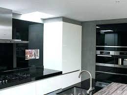 tv dans cuisine prix tv miroir philips tele pour la cuisine kitchen line dans salle