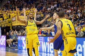 BasketballPlayoffs Alba Berlin Zerlegt Baskets Oldenburg Sport