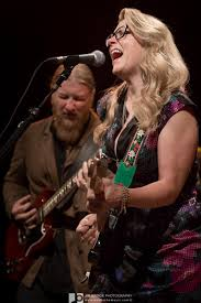 PHOTO RECAP: Wheels Of Soul @ The Greek Theatre, LA 6.10.15 ... Tedeschi Trucks Band Walmart Amp Arkansas Music Pavilion Wow Fans At Orpheum Theater Beneath A Desert Sky Friends S I Would Like To Be Membered On Twitter Pics From Two Amazing Nights Heres 30 Minutes Of Derek And Susan Talking Guitars 090216 Photos Red Rocks 08052016 Marquee Magazine Enlists The Wood Brothers Hot Tuna For Wheels Rockin In Free World Gets Political At W John Bell 73017 Down Along The Cove