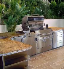 10 Tips For A Better Outdoor Kitchen Design