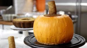 Pumpkin Shaped Cake Bundt Pan by Ultimate Thanksgiving Dessert Pumpkin Cake And Pecan Pie Today Com