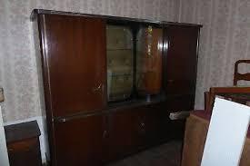 13 special bilder wohnzimmerschrank antik