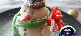 décor de bûche bonhomme de neige en pâte d amandes