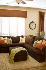 Brown Couch Living Room by New Color Combinations For A Brilliant Decor Couch Throws