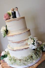 Naked Cakes And Semi Are Very Popular Right Now A Good Way To Keep Costs Down If You Dont Have Huge Wedding Budget