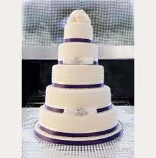 white and purple wedding cake we ❤ this moncheribridals