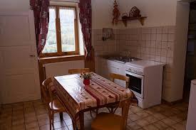 cuisine cerise location gites du bois joli à orbey alsace 3 gîtes 2 épis 3