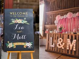Barn Wedding Decor A Romantic Modern Vintage With An Elegant Reception
