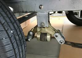 100 Truck Shackles Both Shackles On Both Axles Flipped During Brake Maintenance How To