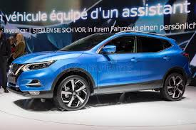 si e auto i size 2018 nissan qashqai car editorial image image of modern 88205740