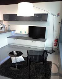 tv dans cuisine meubles tv gamme de meubles télé cuisiniste aviva