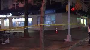 100 Duane Nyc Man Shot Dead Outside Strip Of NYC Bars Reade Cops