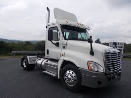 2014 FREIGHTLINER CASCADIA TANDEM AXLE SLEEPER FOR SALE #576142 2o14 Cvention Sponsors Tandem Axle Daycabs For Sale Truck N Trailer Magazine Arrow Inventory Used Semi Trucks Freightliner Home M T Sales Chicagolands Premier And Mack Trucks For Sale In Il Autobon Ai Autobonai Twitter 2013 Volvo Vnl300 461168 Miles 225930 Easy Fancing Ebay 245 W South Frontage Rd Bolingbrook 60440