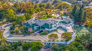 104 Beverly Hills Houses For Sale Pharrell Williams Is Selling His Ultra Modern La Mansion 17 M Robb Report