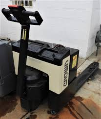 D20816 Nice Crown 4K Electric Pallet Jack Crown Equipment Cporation Hong Kong Material Handling Allround Talent Esr 5260 Reach Truck Model From Flickr Rm 6000 Reach Truck Youtube Hss Not A Victimless Crime Forklift Theft Explored Lift Trucks And Pallet Top 10 Forklift Manufacturers Employment How Much Does Do Forklifts Cost Getaforkliftcom Lift Trucks Available In Tulsa Southern All Terrain Information Sydney Supports Businses Order Picker Sp Hampel Oil Kansas City Gas Station Business Service