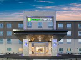 Holiday Inn Express & Suites Rapid City Rushmore South Hotel by IHG