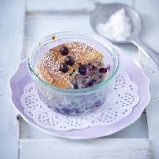 kuchen im glas zum verschenken mit heidelbeeren