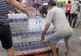 Hawaii Loads Up On Supplies As 2 Major Storms Loom