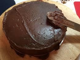 ganache so machst du deine torte fondanttauglich kuchen