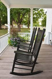 60 Awesome Farmhouse Porch Rocking Chairs Decoration | Porch ...