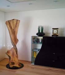 objekt aus dem stamm eines walnußbaumes ca 205 cm