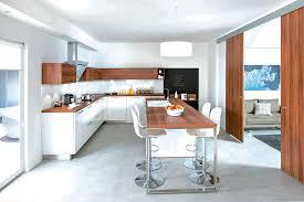 cuisine blanc et bois cuisine blanc brillant et bois photos de design d intérieur et