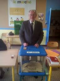 assesseur titulaire bureau de vote savigny sur orge au bureau de vote n 13 10 juin 2012