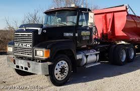 100 Mack Semi Trucks 1995 CH613 Semi Truck Item AV9358 SOLD January 31