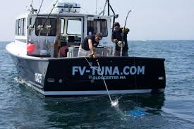 Wicked Tuna Outer Banks Boat Sinks by Wicked Tuna Season 3 Boat Sinks Sinks Ideas