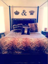Cheetah Print Bedroom by Winsome Cheetah Print Bedroom Accessories King And Queen Bedroom