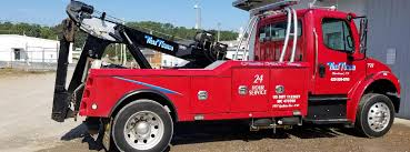 Home | Titan Towing | Cleveland, TN | Roadside Assistance | Heavy Duty |