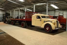 100 Diamond T Trucks 1937 Cool Old Semi Trucks Rucks Freightliner Trucks