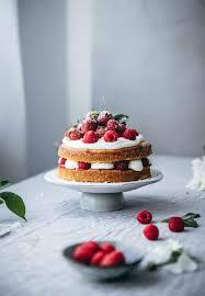 sponge cake mit sommerbeeren backstübchen