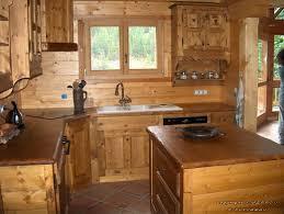 cuisine style chalet agencement cuisine en bois massif