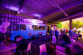 100 Mighty Boba Truck Neil Diamond Tribute Band In De Vans