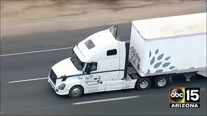 100 Semi Truck Pictures LIVE California Highway Patrol In Pursuit Of A Semitruck YouTube