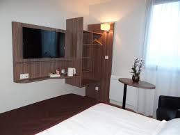 chambre hotel avec chambre confort avec tv écran plat picture of hotel citotel