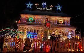 Spirit Halloween Fairfield Ct by Dazzling Displays Light The Way To Fairfield U0027s Christmas