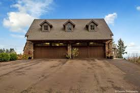 100 10000 Sq Ft House Over Sq Ft Main House Includes An Attached 4 Car Garage A