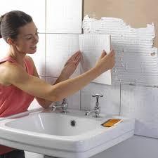 pose carrelage mural cuisine poser carrelage mural cuisine maison design bahbe com