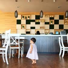Cafe Macario Semarang Yang Terletak Di Lantai Dua Dari Family Baby Shop Ini Memiliki Dekorasi
