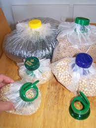 Keep Your Cereals And Snacks Crunchy By Turning Plastic Bags Into Nifty Dispensers
