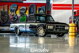 1972 GMC Resto Mod | Crown Concepts