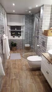 41 idées de rénovation de salles de bains pour les petites