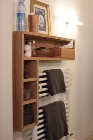praktisches badregal badezimmer stauraum kleines