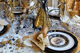 Dining Table Centerpiece Ideas Diy by Idyllic Home Dining Table New Year Eve Decoration Combine Fabulous