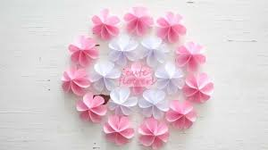 Learn How To Make DIY Cute Paper Flowers These Are Sure Your Day Better Br BrMethodbr1 Take A Circle Piece Of With 5cm