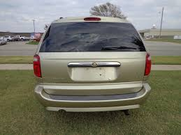 2007_Chrysler_Town_Country_Braun_Entervan_04 - Kansas Truck ...